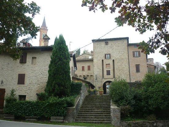 borgo medievale savignano sul panaroborgo medievale savignano sul panaro