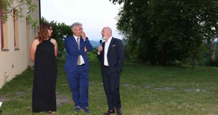 Cristina e Alberto Fiorini con Stefano Bonaccini per il centenario poderi fiorini