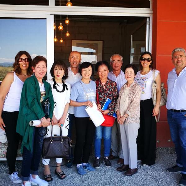 stranieri in visita a poderi fiorini